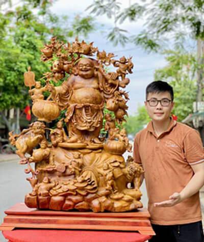 Tượng Phật Di Lặc tại Đồ Gỗ Mạnh Sơn có gì?